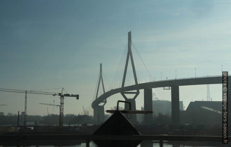 Pont de Köhlbrand. Photo © André M. Winter