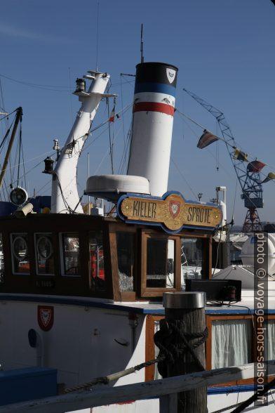 Poste de commande du bateau Kieler Sprotte. Photo © Alex Medwedeff