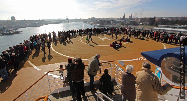 Pont arrière du ferry Color Magic lors de la sortie de la Fœrde de Kiel. Photo © André M. Winter