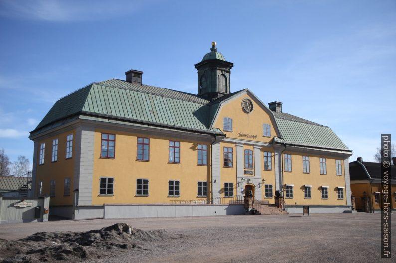 Ancien immeuble administratif et maintenant musée de Falun. Photo © Alex Medwedeff