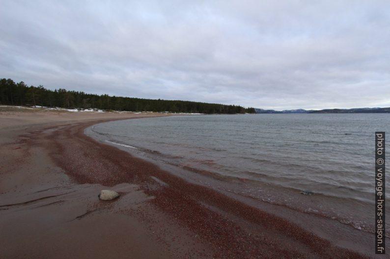 Plage du Storstrand au nord de Norrfällsviken. Photo © André M. Winter