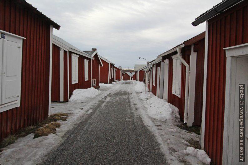 Ruelle du village-église de Gammelstad. Photo © André M. Winter