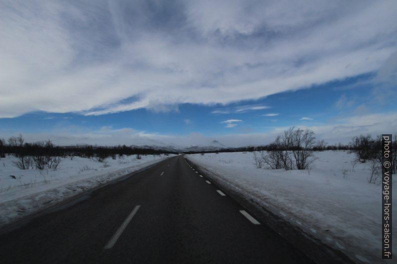 Route entre Kiruna et Abisko. Photo © André M. Winter