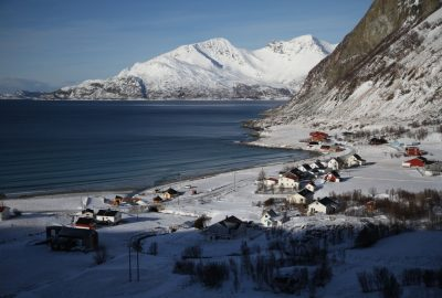 Village de Grøtfjord. Photo © Alex Medwedeff