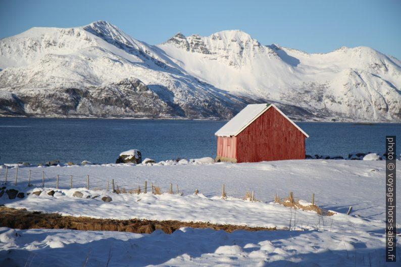 Maison de pêche à Tromvik. Photo © Alex Medwedeff