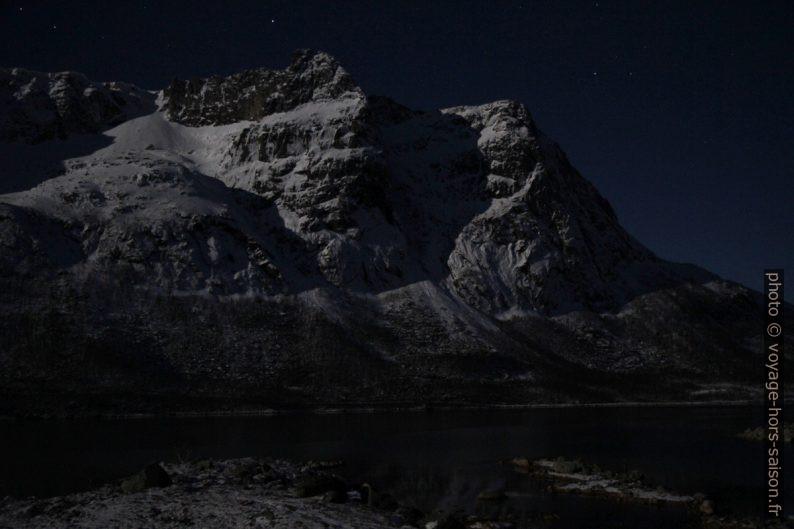 Ramnberget, 743 m, vue de nuit. Photo © André M. Winter