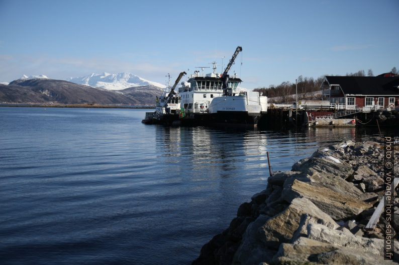 Ferry Ov Skomvær en révision à Kjeldebotn