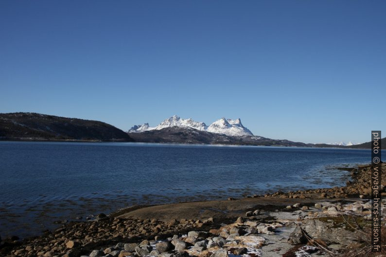 Hautes montagnes de l'Hamarøya