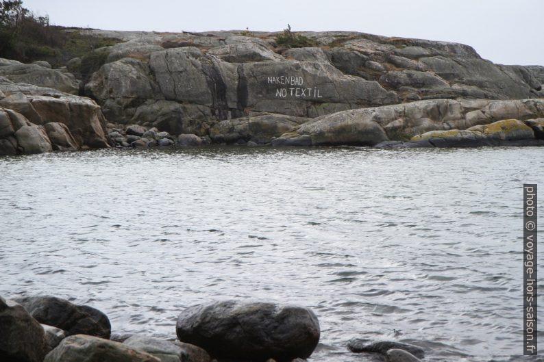 Île nudiste de Kattholmen au sud de Saltö. Photo © Alex Medwedeff