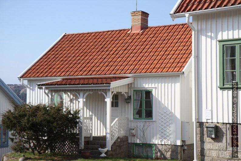 Maison d'habitation blanche. Photo © Alex Medwedeff