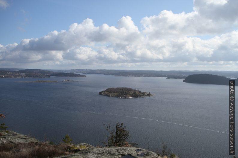 Île de Kråkan dans le Hafstensfjorden. Photo © Alex Medwedeff