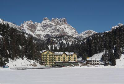 Rocca dei Baranci e il Lago di Misurina. Photo © André M. Winter