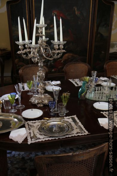 Table mise dans le style des années 1890 dans Château de Duino. Photo © Alex Medwedeff