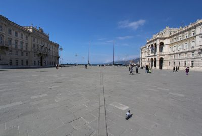Piazza Unità d'Italia di Trieste. Photo © André M. Winter