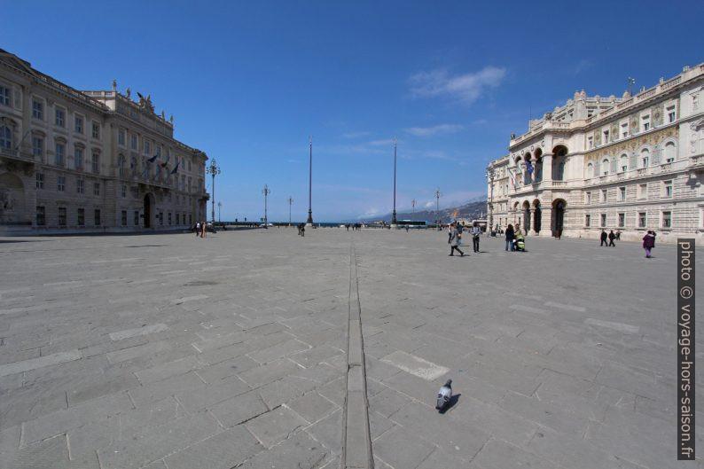 Piazza Unità d'Italia di Trieste. Photo © André M. Winter
