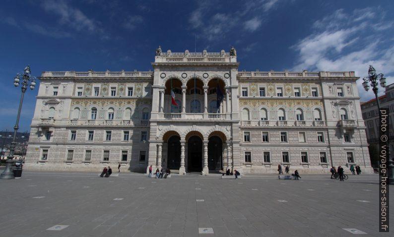 Palazzo del Governo e Sede della Prefettura di Trieste. Photo © André M. Winter