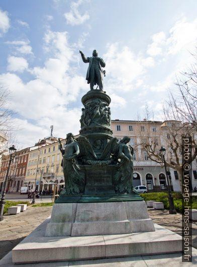 Monument de l'archiduc Ferdinand Maximilien d'Autriche à Trieste. Photo © André M. Winter
