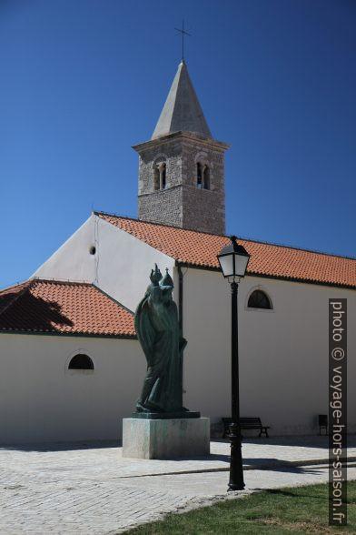 Grégoire de Nin et l'église Crkve Sv. Anselma. Photo © Alex Medwedeff