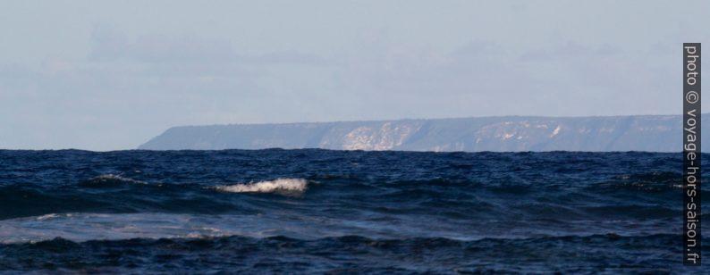 Côte nord de la Désirade et Pointe du Grand Abaque. Photo © André M. Winter
