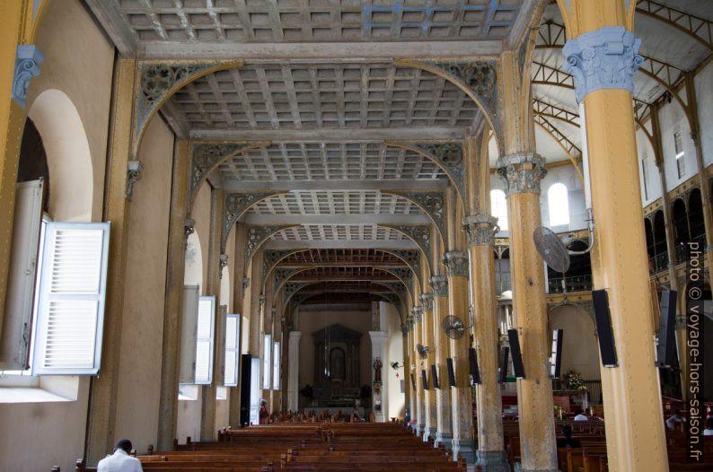 Collatéral gauche de l'église St.-Pierre-St.-Paul. Photo © André M. Winter