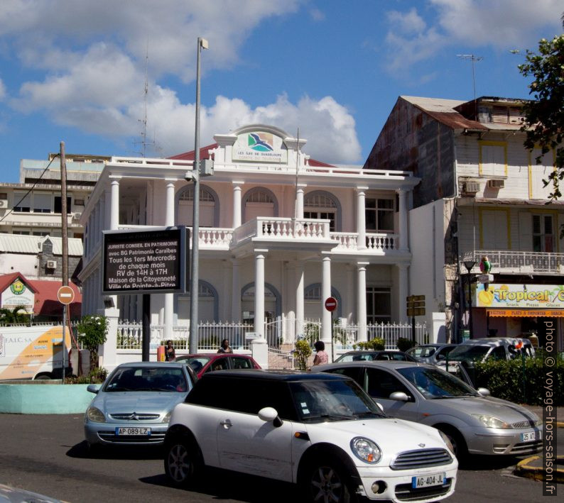 Maison du Comité du tourisme de Guadeloupe. Photo © André M. Winter