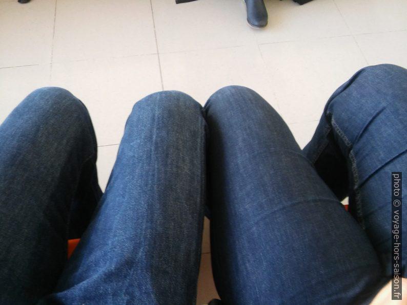 On a remis les jeans. Photo © André M. Winter