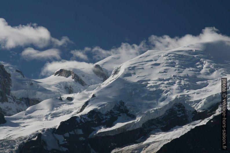 Le Mont Blanc vu de Chamonix en été 2008. Photo © André M. Winter