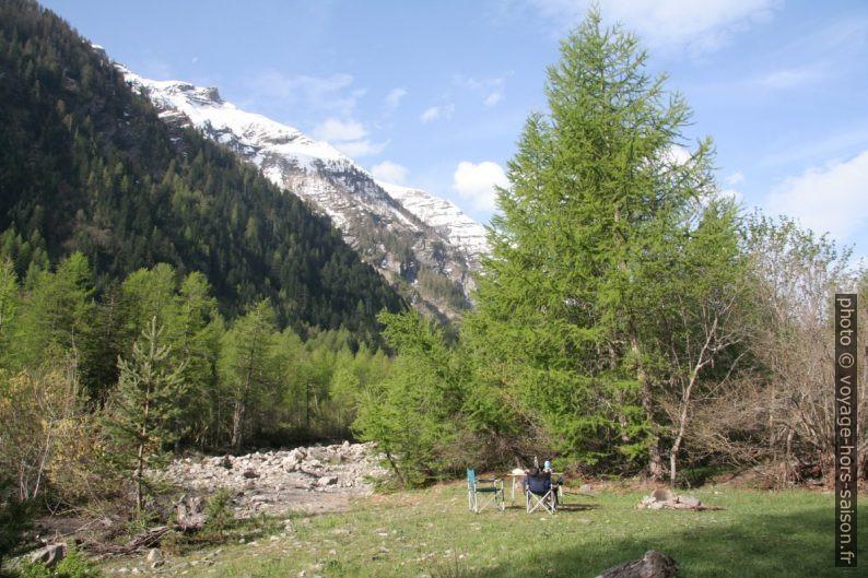 Camp dans la Vallée du Fournel. Photo © André M. Winter