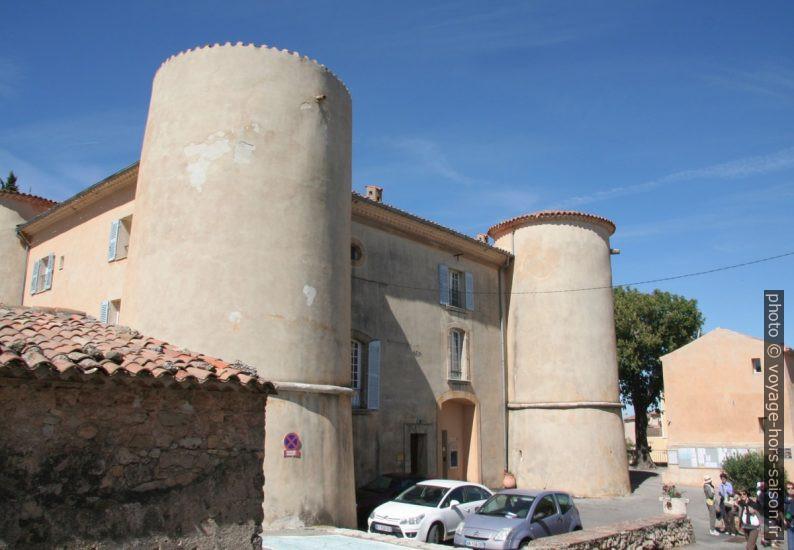 Mairie dans le château de Tourtour. Photo © André M. Winter