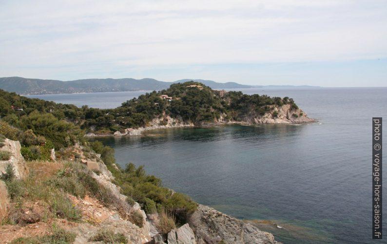 Le Cap Bénat. Photo © André M. Winter