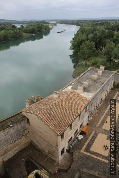 Le Rhône vu du Château de Tarascon. Photo © Alex Medwedeff