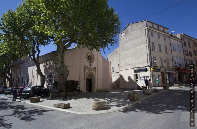 Église Sainte Marguerite de Carcès. Photo © André M. Winter