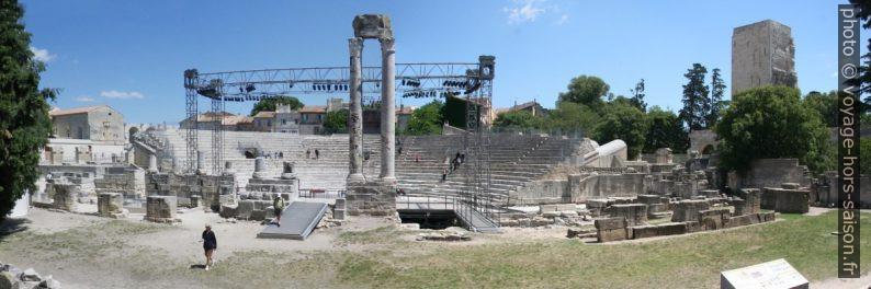 Panorama du Théâtre antique d'Arles. Photo © André M. Winter