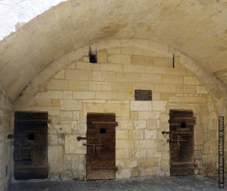 Cellules d'arrêt utilisés par les allemands pour incarcérer les arlésiens juifs. Photo © André M. Winter