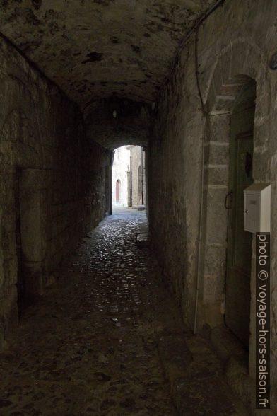 Rue des Voûtes. Photo © André M. Winter