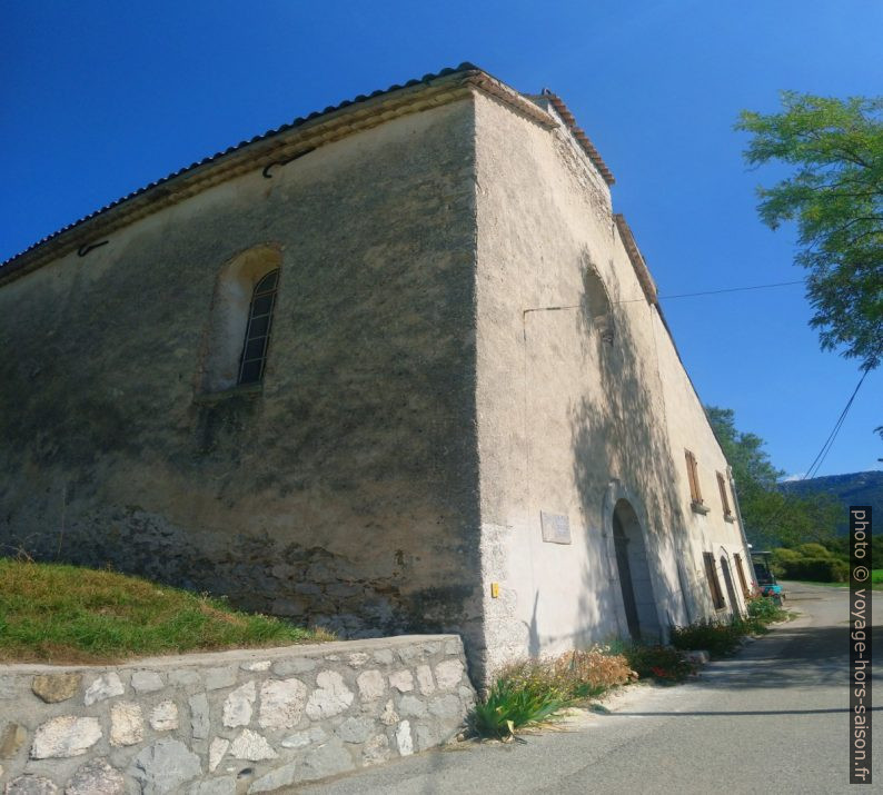 L'Église Notre-Dame de Robion. Photo © André M. Winter