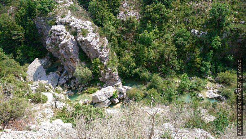 Vue dans le canyon de l'Artuby. Photo © André M. Winter