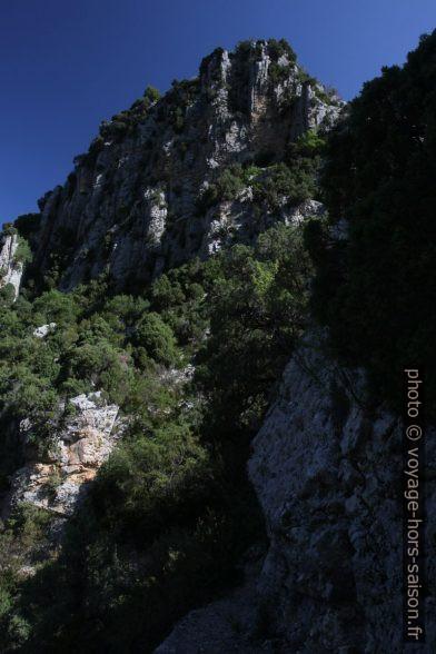 Crête de St. André dans les Gorges de Trévans. Photo © Alex Medwedeff