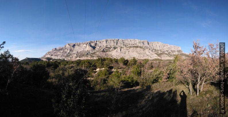 Toute la face sud de la Montagne Sainte Victoire