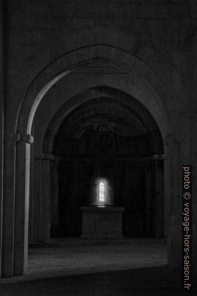 Une chapelle latérale de l'église abbatiale du Thoronet. Photo © Alex Medwedeff