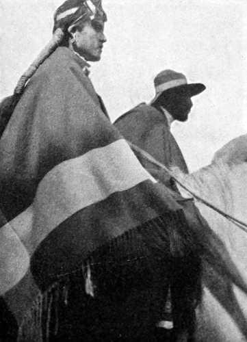 Femme mapuche à cheval