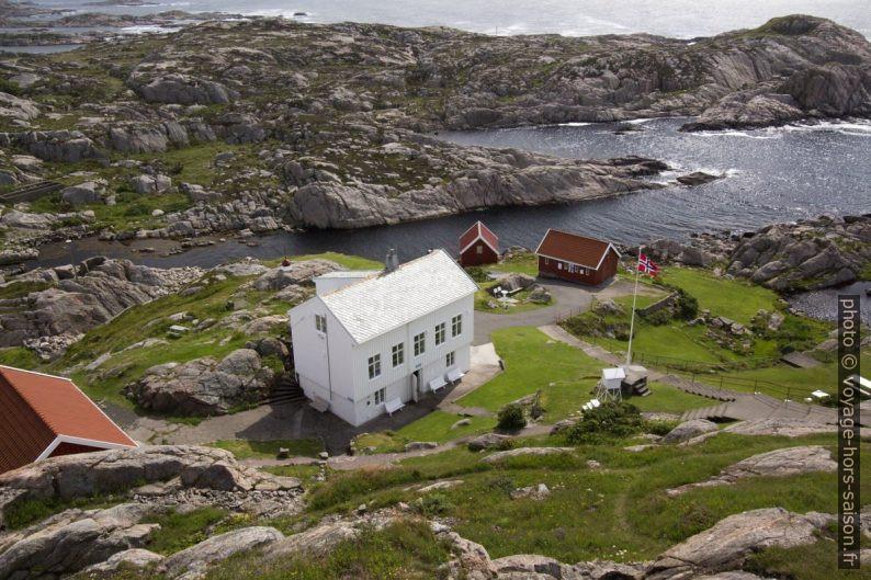 Ancienne maison de gardiens du phare de Lindesnes. Photo © André M. Winter