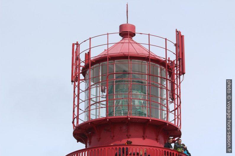 Lanterne du phare de Lindesnes avec antennes. Photo © André M. Winter