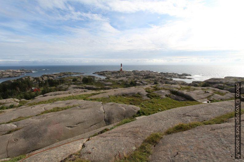 Le phare d'Eigerøy sur son cap. Photo © André M. Winter