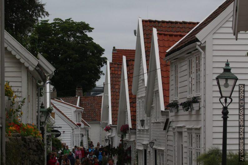 Vieilles maisons blanches de Gamle Stavanger. Photo © André M. Winter