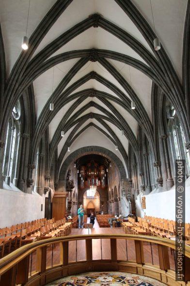 Chœur gothique de la cathédrale de Stavanger. Photo © André M. Winter
