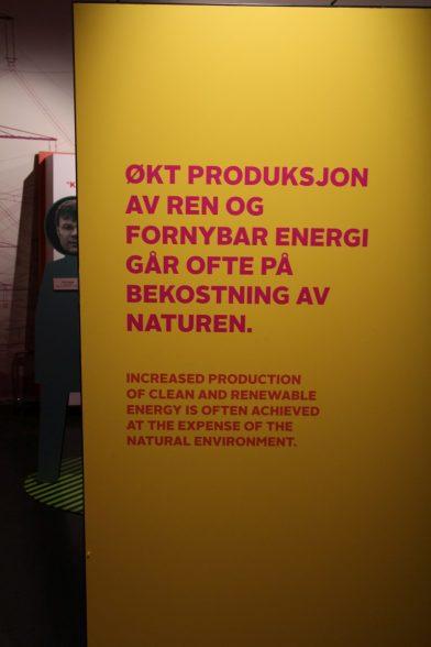 Propagande contre les énergies renouvelables. Photo © André M. Winter