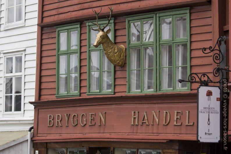 Une des façades de Bryggen à Bergen. Photo © André M. Winter