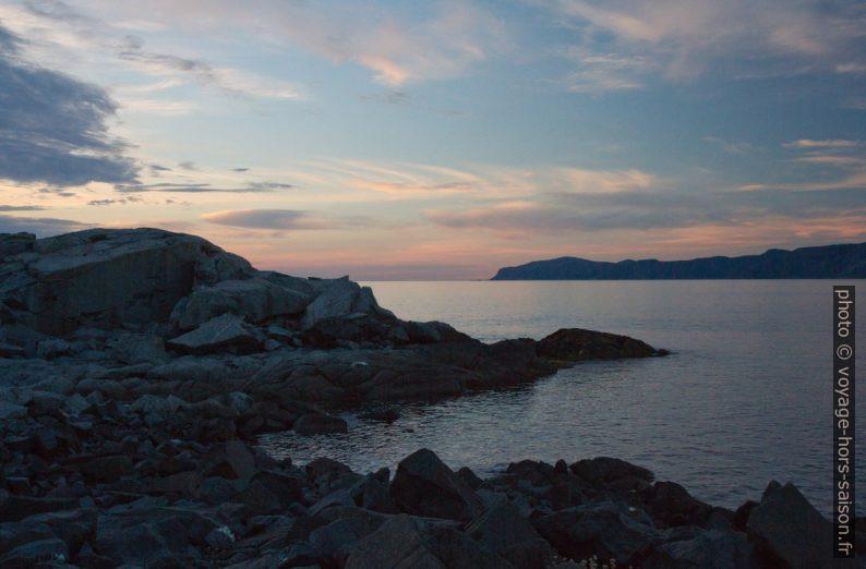 Le soir à Kråkenes. Photo © Alex Medwedeff
