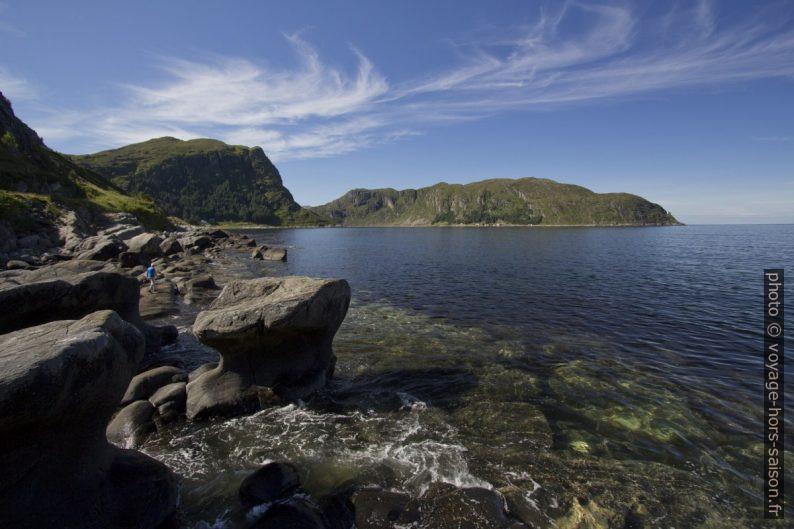 Kannesteinen de Vågsøy vu du côté droit. Photo © André M. Winter
